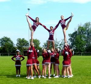 1109px-Heelstretch_Pyramid.jpg